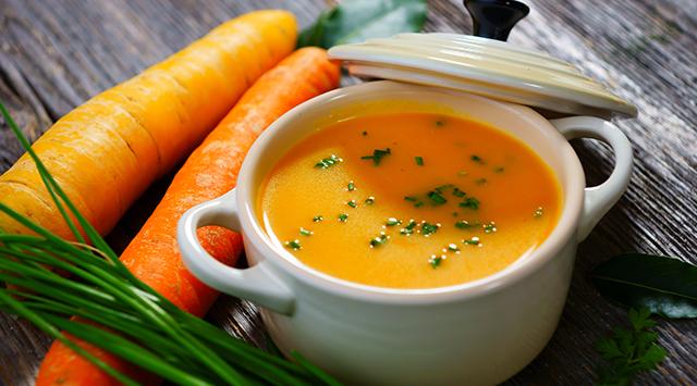 À la soupe! Recettes chaudes et apaisantes