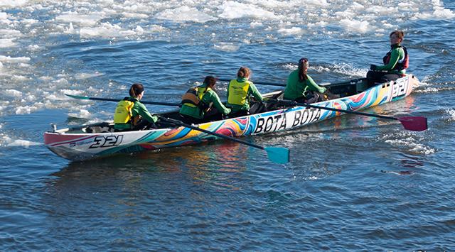 Team presentation: Bota Bota canoers