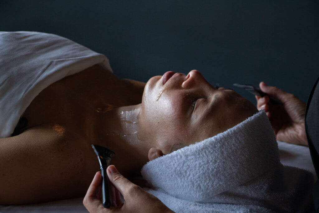 Radiant Wave: the new facial treatment on board