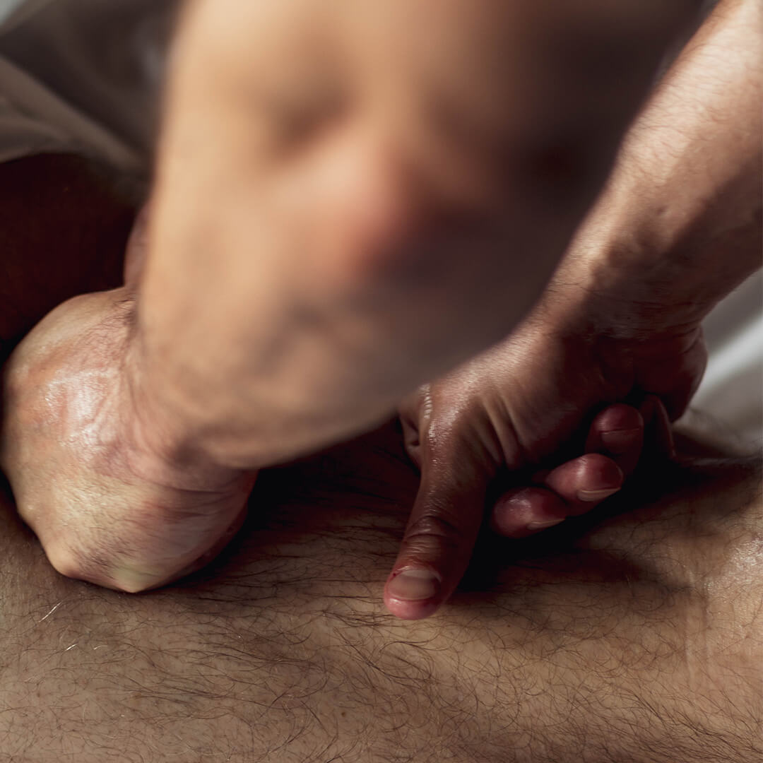 What is a Strong Pressure massage?